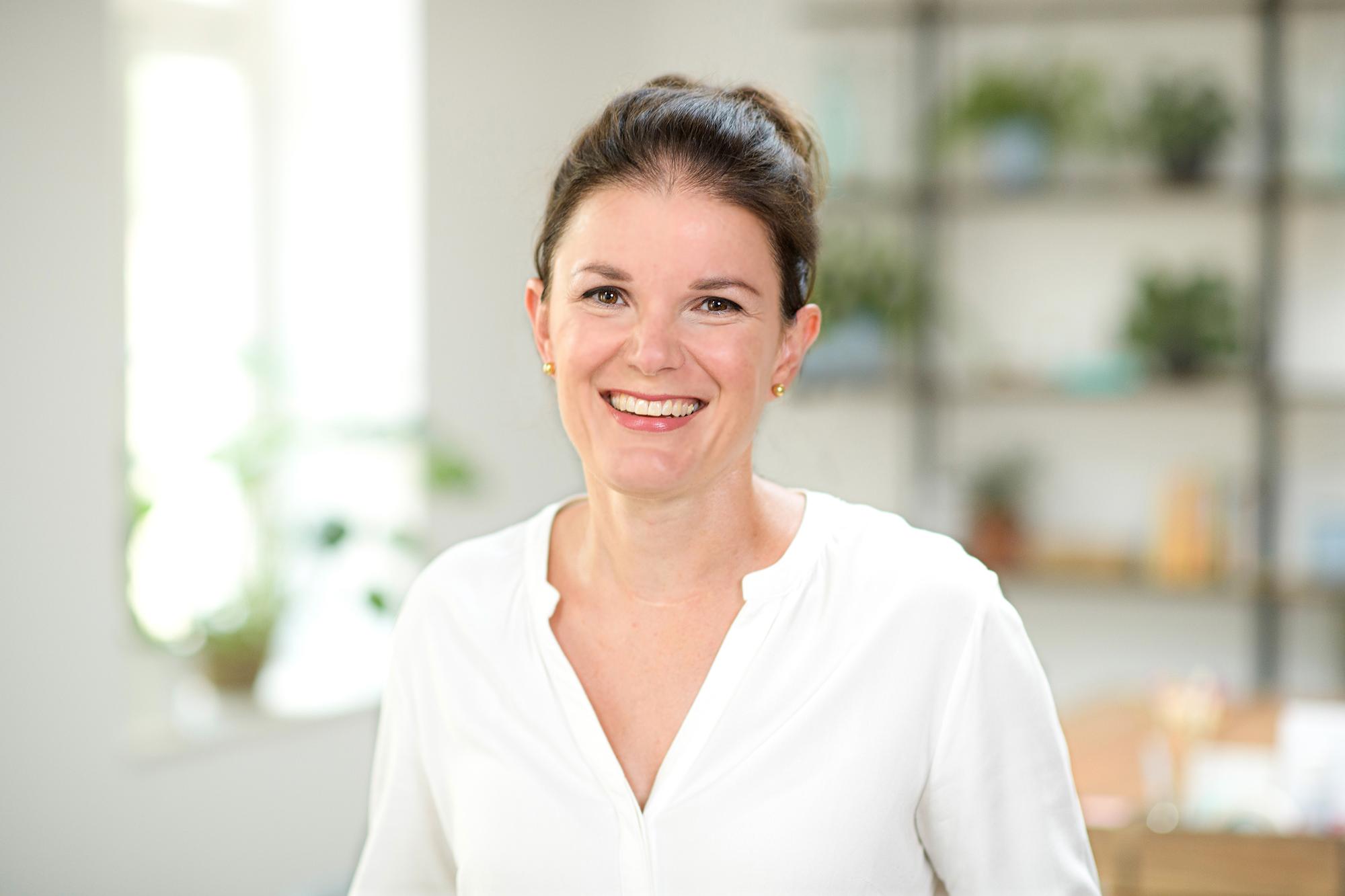 Kerstin Renner. Zertifizierte Business-Trainerinder Erwachsenenbildung (TÜV)
